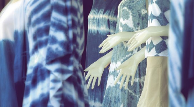 Saris vs t-shirts: a no-brainer in the sustainable fashion contest